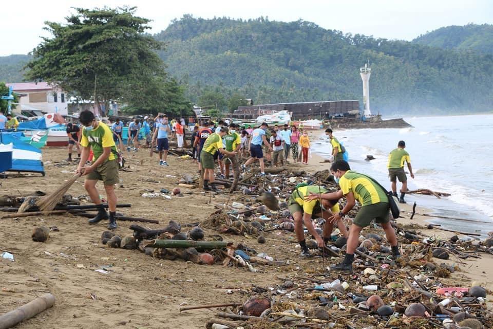 Army spearheads 'Bugwakan' clean-up drive in Sirawai town
